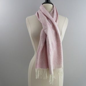 New Chill Proof pink soft neck scarf